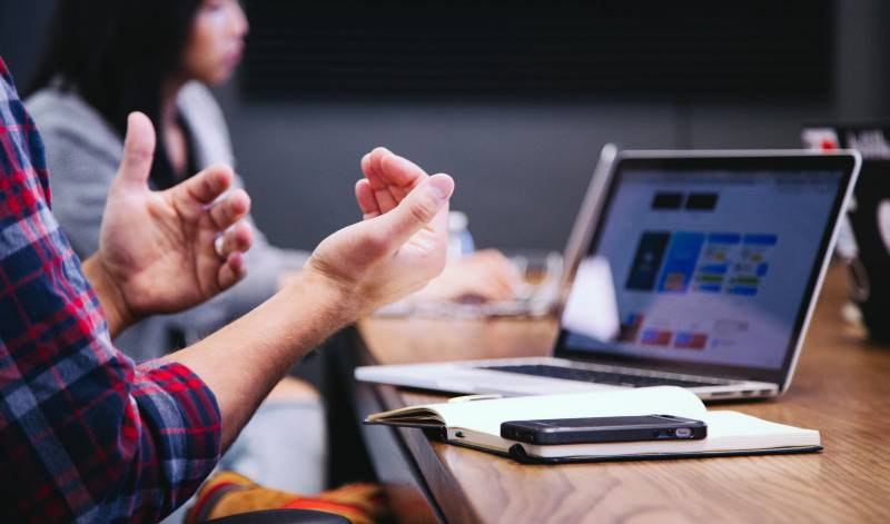 Technologie cyfrowe zrewolucjonizowały pracę klasy średniej